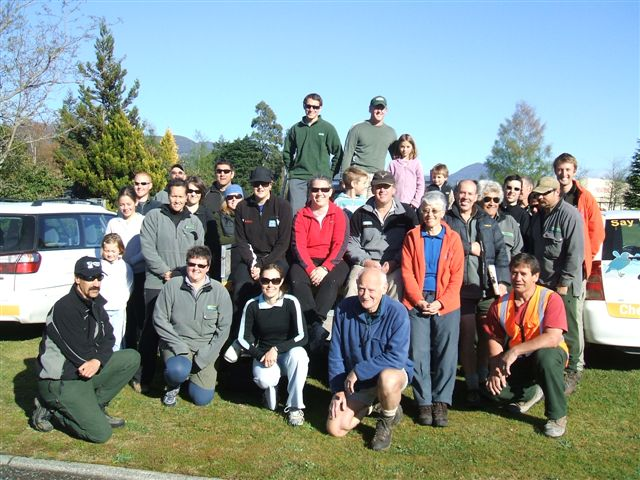 Community members volunteering their time on the Tongariro River